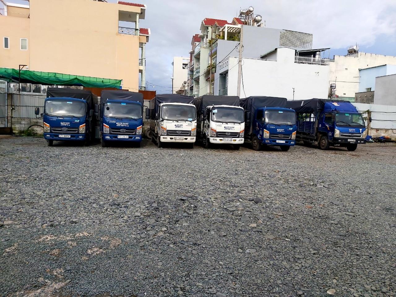 Cho thuê xe tải chở hàng tại Quận 12.Hotline 0822.749.749