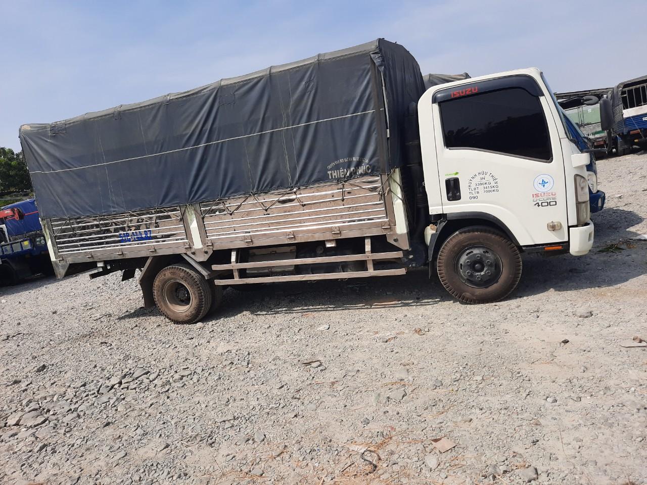 Cho thuê xe tải chở hàng, xe tải chuyển nhà tại Quận 12