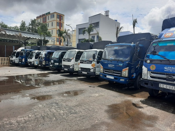 Xe tải chở hàng 1.5 tấn cho thuê